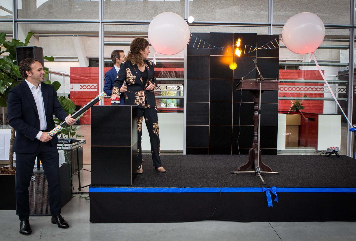 Minister van Engelshoven Inaugurates New LUMICKS Headquarters in Amsterdam